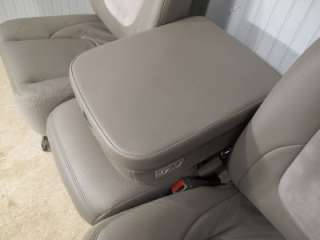 02   08 Dodge Ram LARAMIE GRAY FRONT LEATHER SEATS JUMP SEAT CENTER