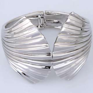 Tibetan silver plated white cute wing sea sheLL patterns stretchy cUFF