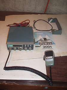 1981 Midland 3001 CB Citizens Band Radio with manual 40 channel