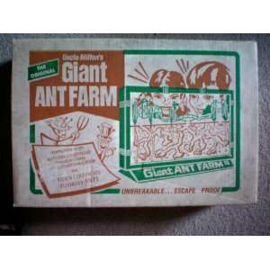 The Original Uncle Miltons Giant Ant Farm    complete with ant