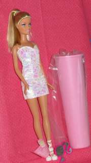 BARBIE DOLL/CAKE TUBE, DOLL CAKE INSERT/BLOND, KIT