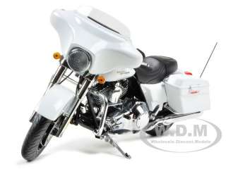 2011 HARLEY DAVIDSON FLHX STREET GLIDE WHITE HOT DENIM 1/12 BY HIGHWAY