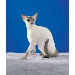 Figurine Siamese   Blue Point Hand Painted Resin