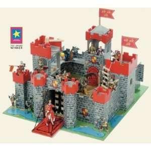 Le Toy Van Lion Heart Castle LTV243 Toys & Games