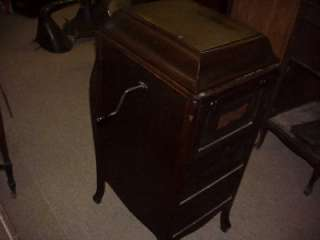 VINTAGE 1913 VICTOR VICTROLA TALKING MACHINE MODEL VV XA GREAT