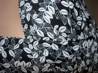 Black White Print Dress Size 10 Petite Flowy Rayon High Waisted