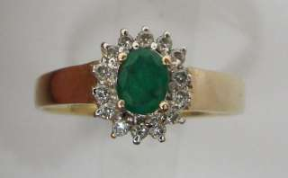Beautiful Natural Emerald & .14ctw Diamond 14K Gold Ring 1.6g/Size 6.5