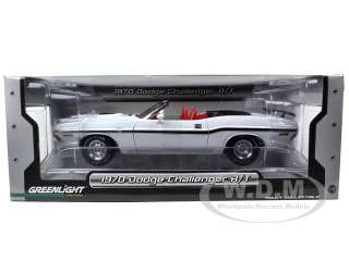 18 scale diecast model car of 1970 Dodge Challenger R/T Convertible