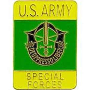 U.S. Army Special Forces Pin Green & Yellow 1 Arts