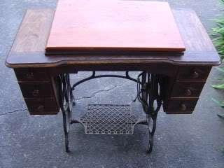 Davis 1900s Honeymoon Treadle Sewing Machine With Cabinet