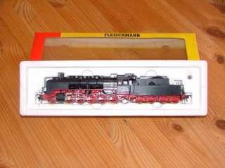 Fleischmann HO Dampflok mit Tender der Deutschen Reichsbahn in