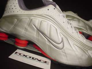 Nike SHOX RUNNING R4 SILVER GREY WHITE COMET RED SHIRT XL DS 13