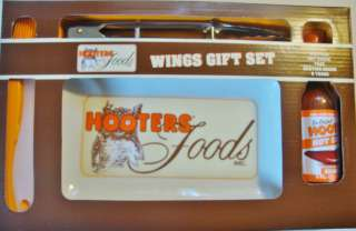 HOOTERS Restaurant WINGS GIFT SET w/ Plate & Sauce NEW
