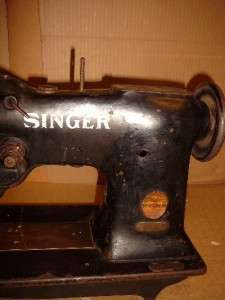 VINTAGE INDUSTRIAL SINGER SEWING MACHINE MODEL 108W3