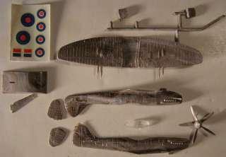 Supermarine Spitfire Mk.22 1/72 Model Airplane Kit