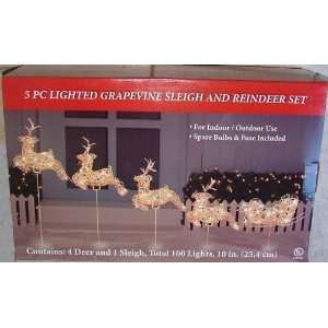 LIGHTED REINDEER SLEIGH CHRISTMAS YARD DECORATION: Home & Kitchen