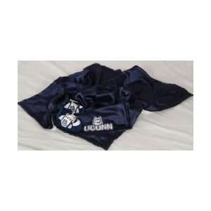 Connecticut Huskies NCAA Baby Blanket Set: Sports & Outdoors