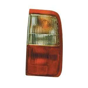 93 98 TOYOTA T100 Right Tail Light Passenger (1993 93 1994