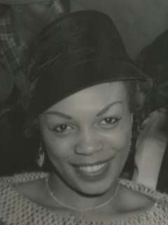 VINTAGE BEAUTIFUL AFRICAN AMERICAN LADY HAT SMILE PHOTO