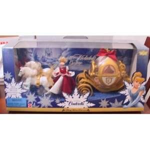 com 1998 Walt Disney Cinderella Royal Holiday Carriage Toys & Games