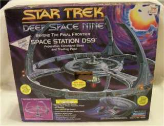Deep Space Nine 9 Space Station Star Trek DS9 Playmates
